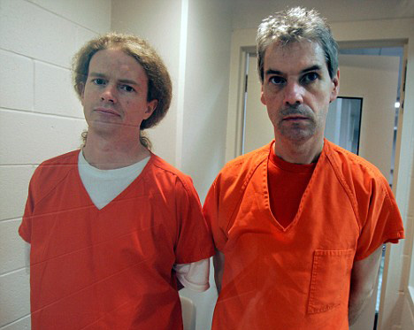 Whittle and Sheppard photographed inside Santa Ana Jail for the Los Angeles Times